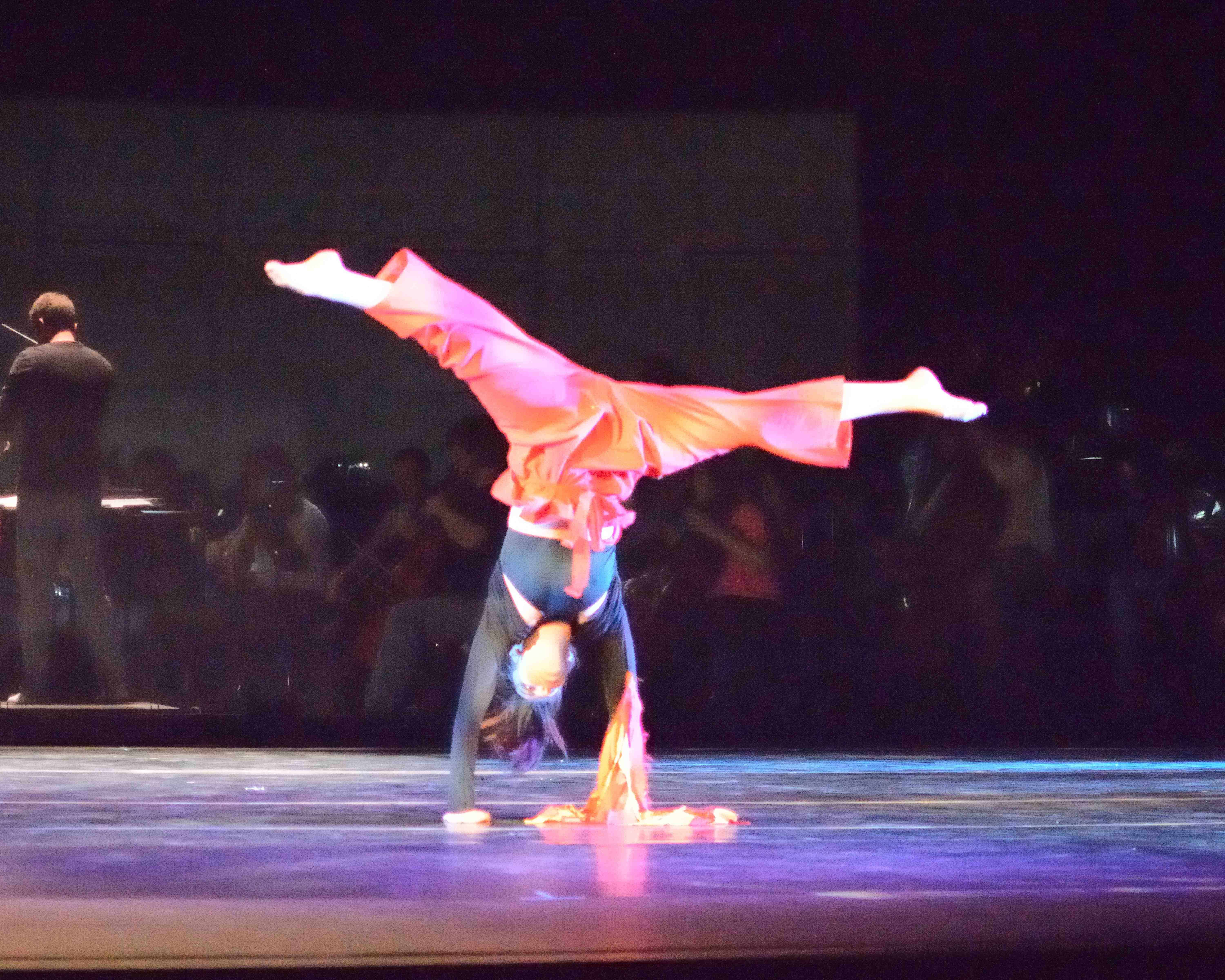 Dancer in handstand