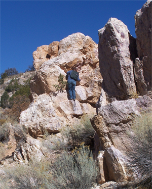 Student on big boulders in the canyon