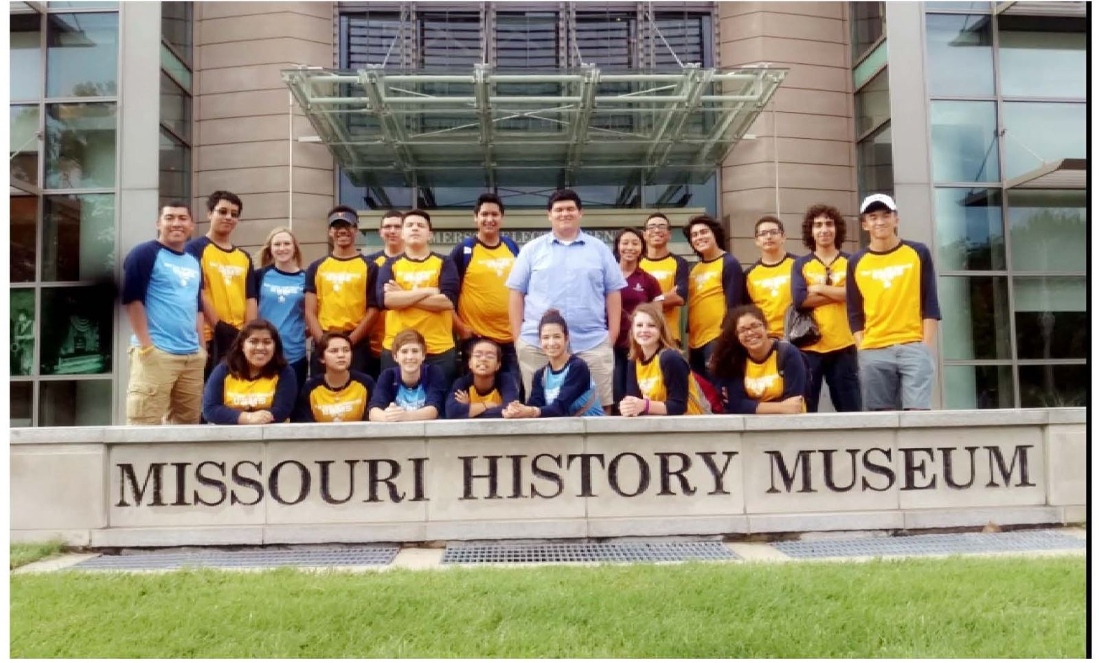 Students at Missouri History Museum