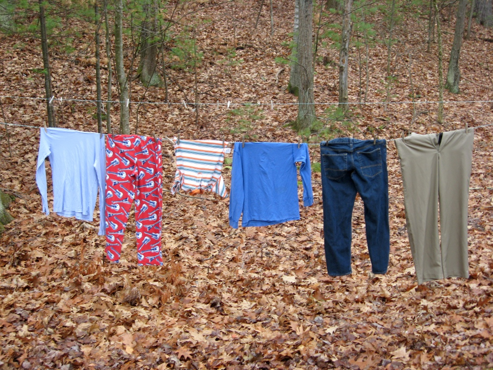 4cf1efa8413 clothes hanging to dry outdoors
